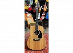 MARTIN Bundle DRSG Road Dreadnought  Siris , inkl. Koffer